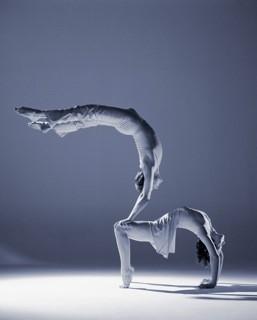 Hand auf Hand Akrobatik