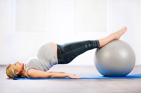 Pilates_femme_enceinte-_pilates_prenatal