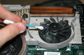 Laptop Internal Clean