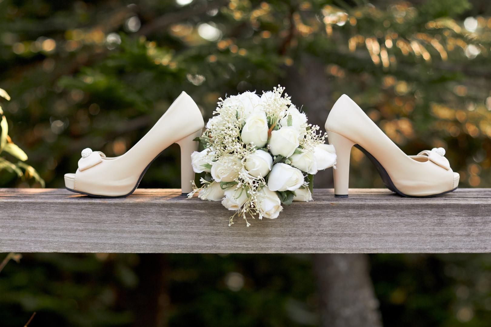 beautiful-bouquet-bride-1445697 (1).jpg