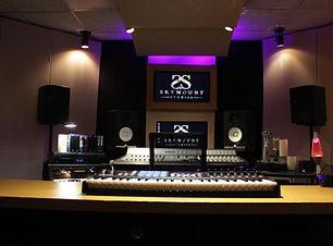 Skymount Studios Island View