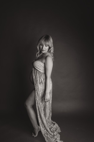 Chloe | Maternity