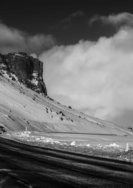 7695_Iceland-road_RTP_22-x-17.jpg