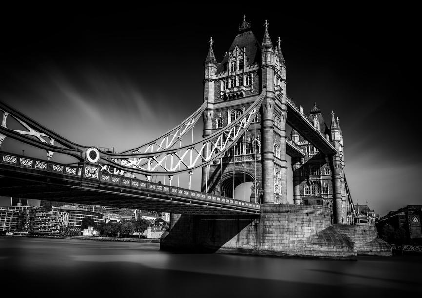 9891_London-Tower-Bridge_RTP_22-x-17.jpg