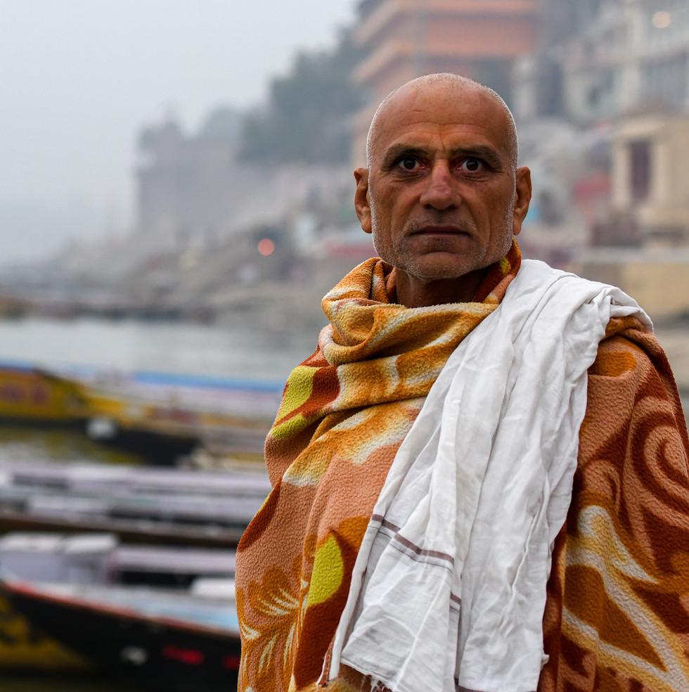 1382_Varanasi-Man_COL_22-x-17.jpg
