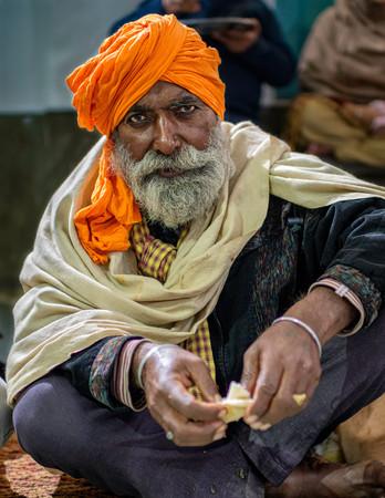0408_Delhi Man Shelter (2)_COL_17 x 22.j