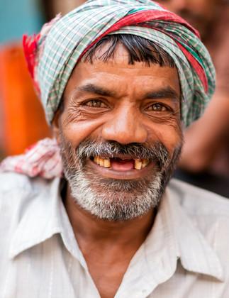 4692_Mumbai-man_RTP_17-x-22.jpg