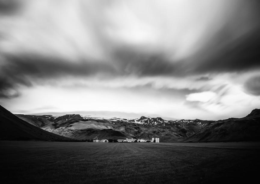 9868_Iceland-farm_RTP_22-x-17.jpg