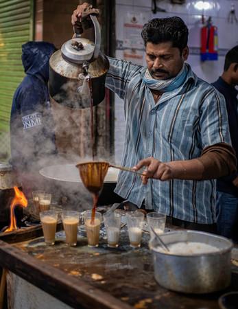 0675_Delhi Pouring Chai Tea_COL_17 x22.j