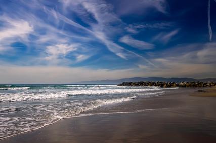 4139_Cali lone surfer_COL_22 x 17.jpg