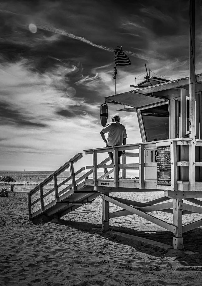 4143_Santa Monica *Lifeguard_B+W_22 x 17