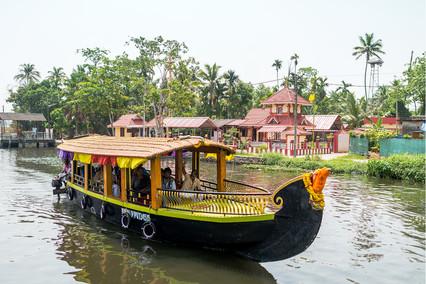 5353_Cochin-boat_RTP_22-x-17.jpg