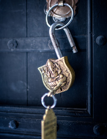2812_Pushkar-Hotel-door-lock_COL_+17-x-2