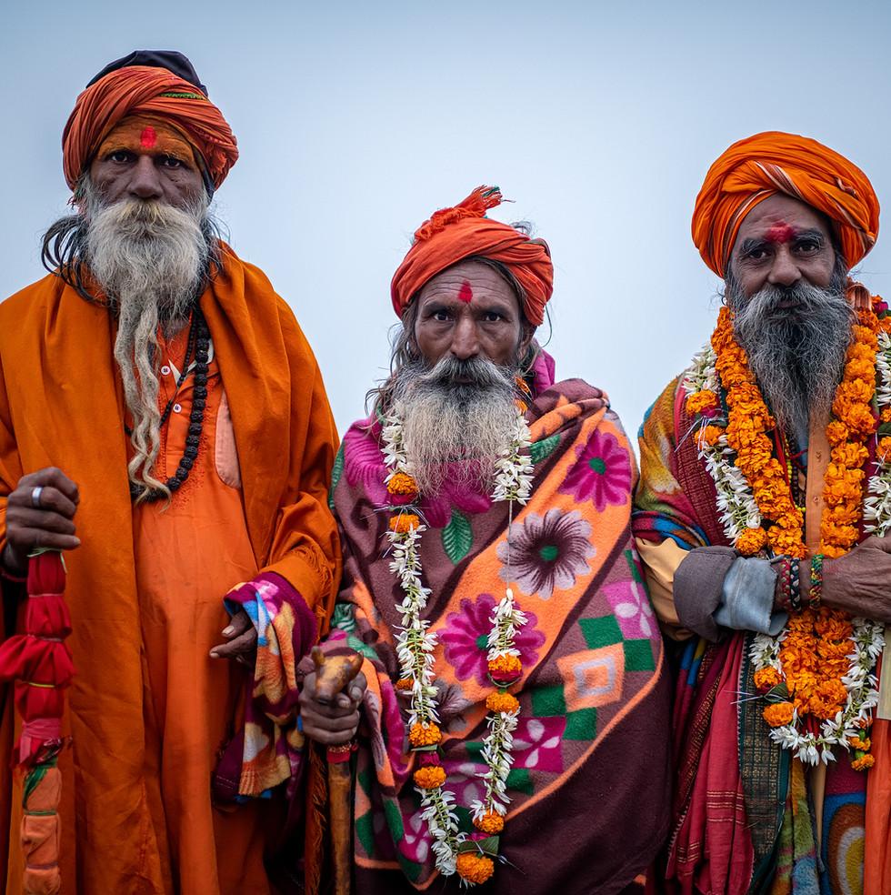 0724_Varanasi-Three-Gurus_COL_22-x-17.jp