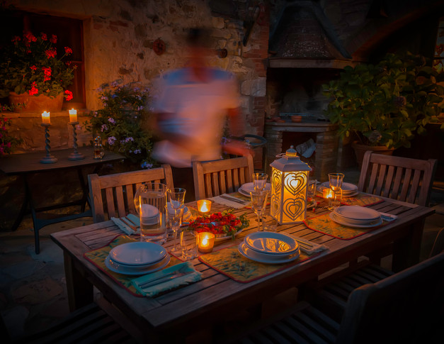 1114_Tuscany Dinner Setting_COL_22 x 17.