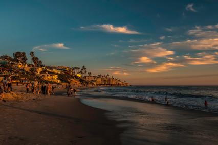 4262_Laguna Beach sunset_COL_22 x 17.jpg