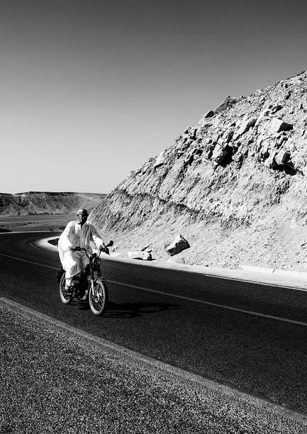 0947_Option-B_Mtns-motorbike_RTP_22-x-17