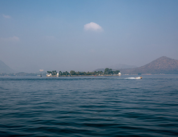 2933_Udaipur-island_COL_22-x-17.jpg