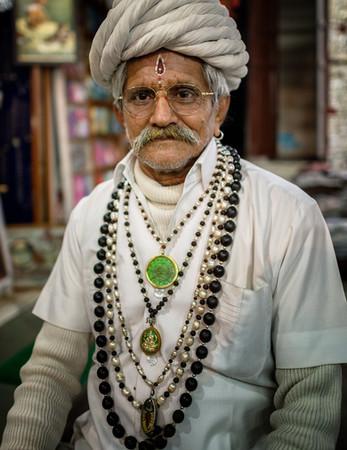 2782_Pushkar-Man-with-beads-rings_COL_17