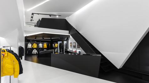 Schott NYC Store, Glifada