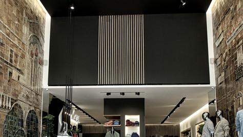 Soufleris King Size, retail in Athens.