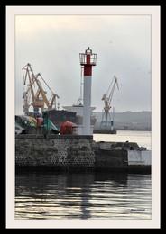 Le matin au port de commerce de Brest