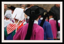 Coiffes et chapeaux ronds -  (10)