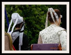 Coiffes et chapeaux ronds -  (14)