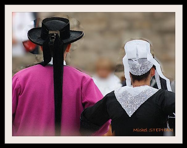 Coiffes et chapeaux ronds -  (6)
