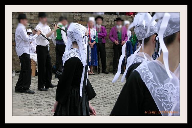 Coiffes et chapeaux ronds -  (32)