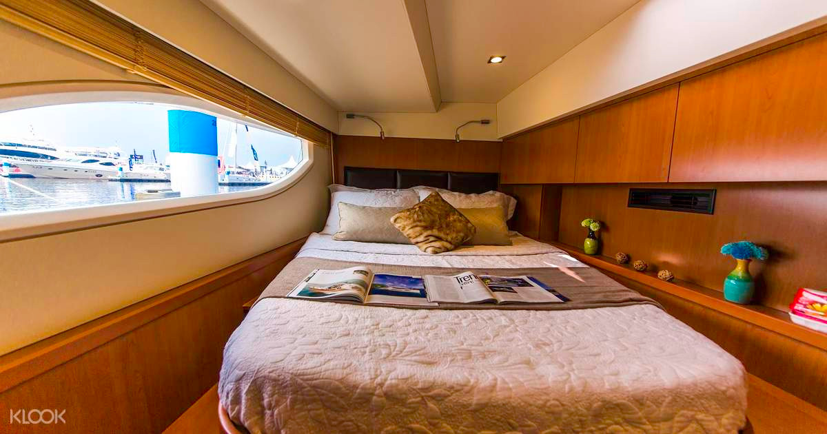 Private Yacht Rental Singapore - No Name