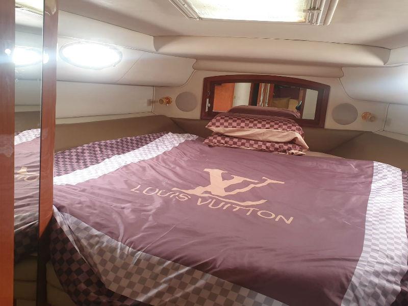 Party-Boat-2-Cabin.jpg