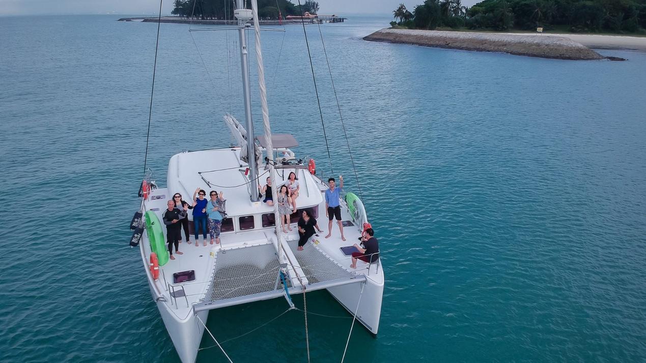 ximula+sail+ximula+yacht+charter+singapo