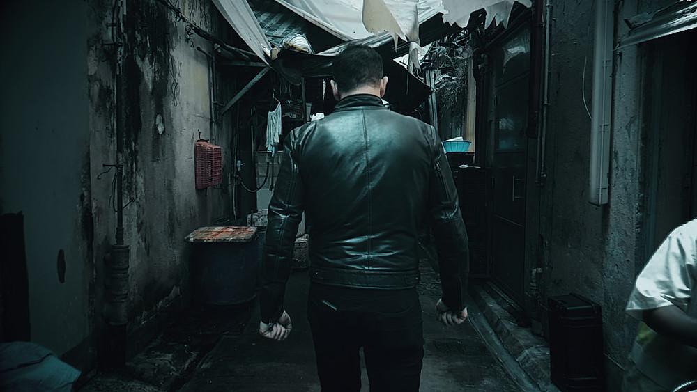 Bryan Larkin in Dead End