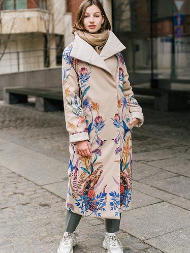 Пальто зимнее из вискозы бежевое