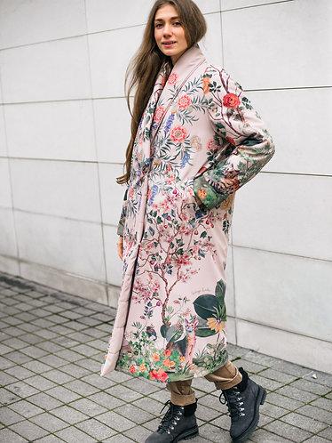 Розовое пальто кимоно