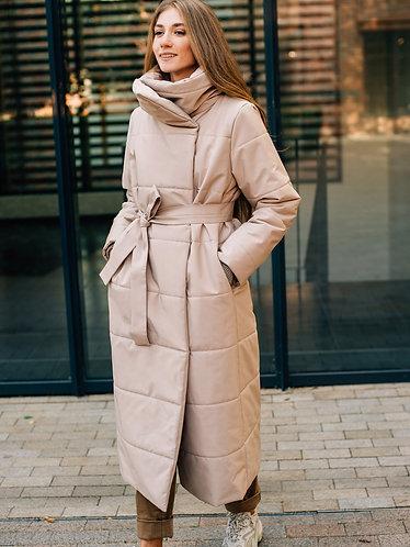 Пальто зимнее бежевое
