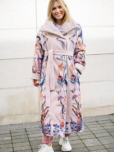Пальто зимнее из вискозы розовое