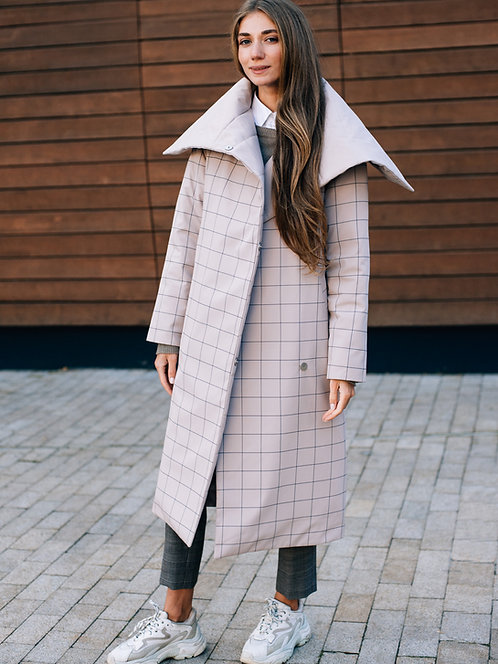 Зимнее розовое двустроннее пальто в клетку