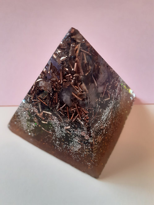 Aum Amethyst & Black Tourmaline Mini EMF Orgonite Pyramid