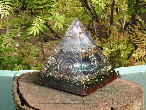 Spirit Quartz, Tourmaline & Shungite Large Orgonite Pyramid