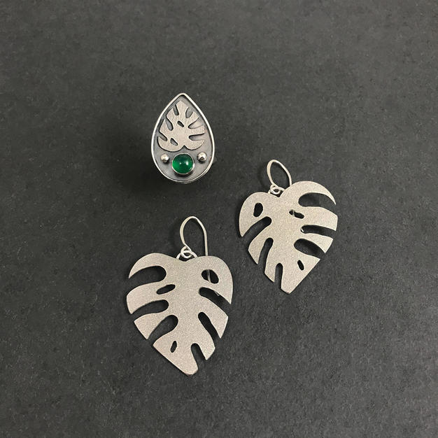 Custom Monstera Leaf Set