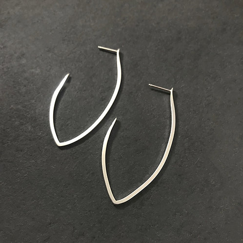 Pointed Hoops