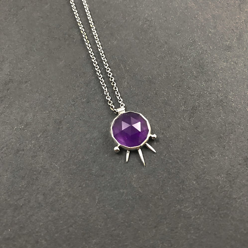 Spiked Gem Necklace with Amethyst