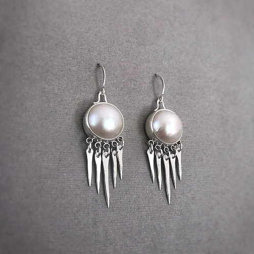 Sorcha Earrings with Pearl