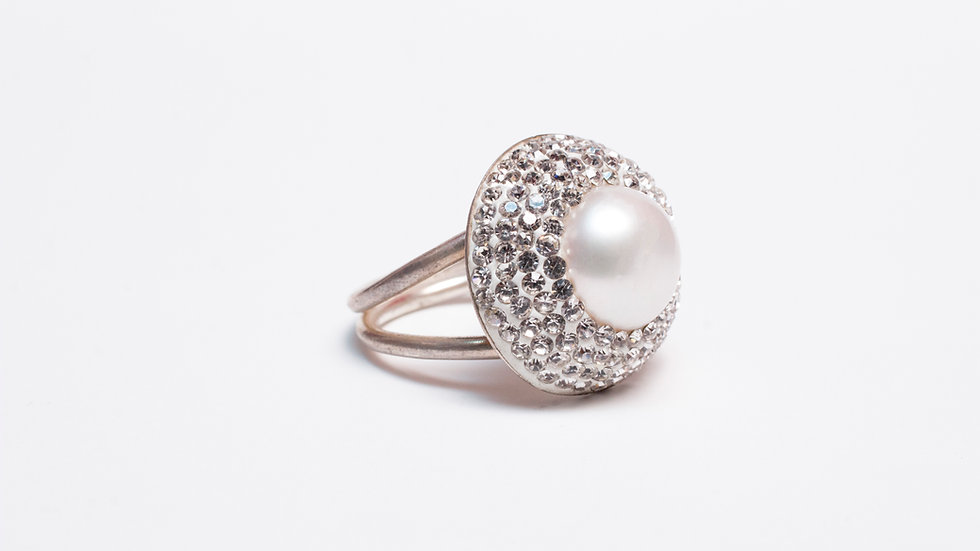 White Pearl and Druzy Ring side