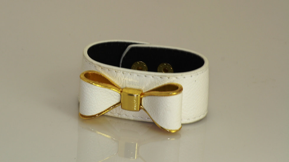 White Leather Bow Bracelet