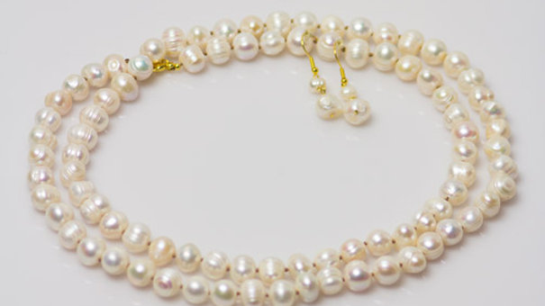 Long Strand Freshwater Pearls