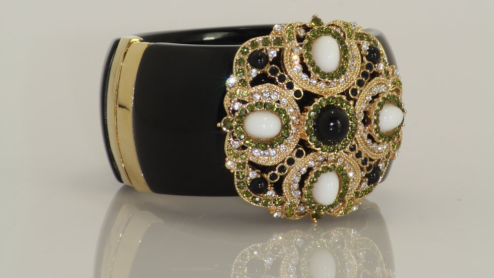 Byzantine Hinged Cuff Black