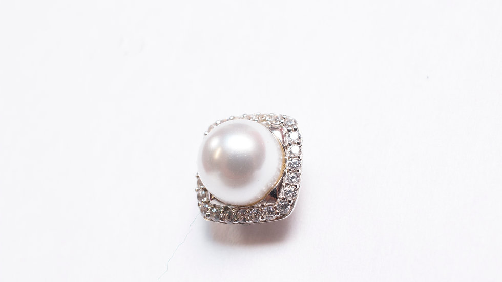 Pearl Stud with Cubic Zirconia zoom